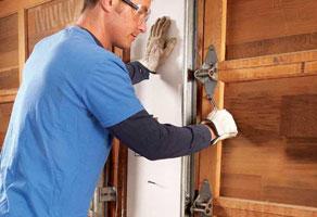 3 Reasons Garage Door Maintenance Is Better Than Repair