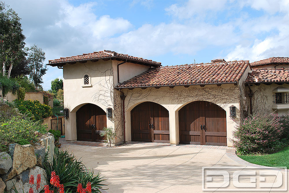 California Dream 01 | Custom Architectural Garage Door