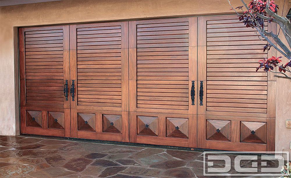 California Dream 04 | Custom Architectural Garage Door