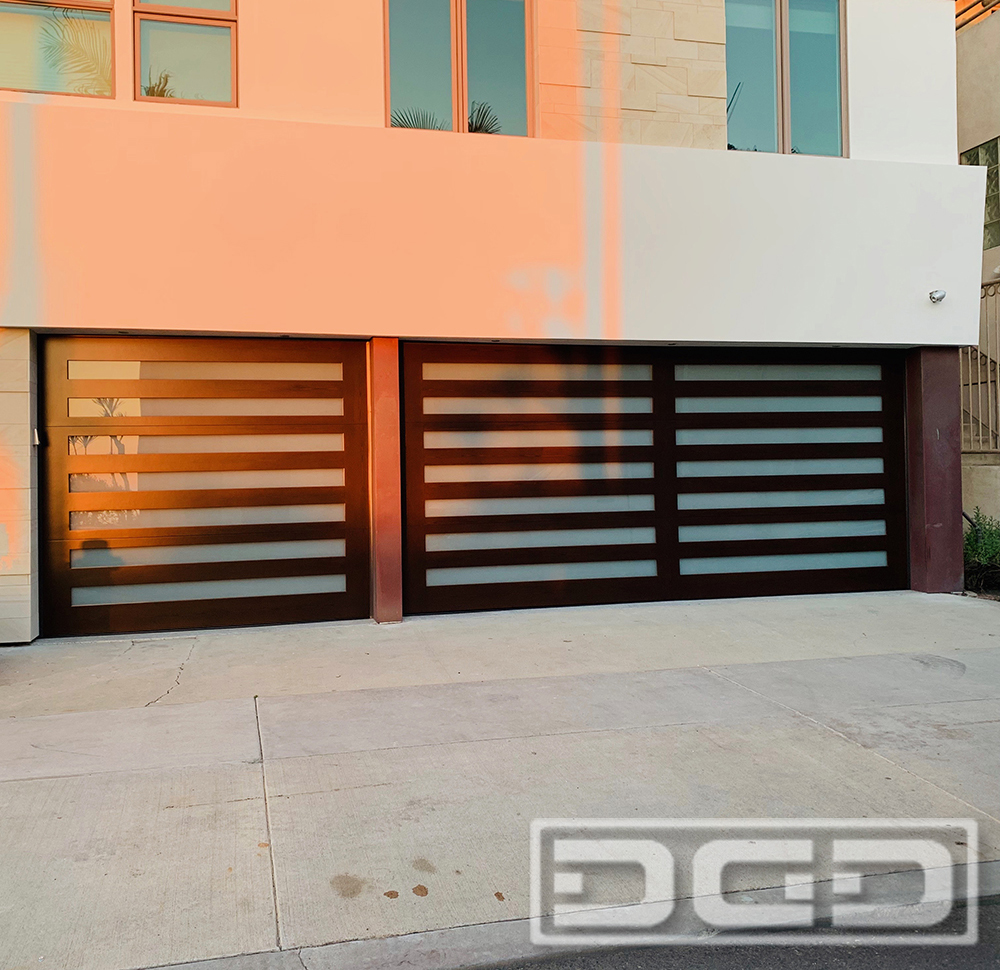 Contemporary 05 | Custom Architectural Garage Door
