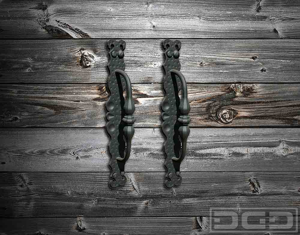 03 | Iron-Forged & Hammered Handles