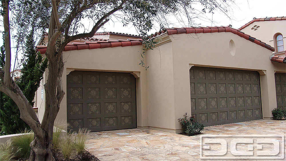 Eco alternative 10 custom architectural garage door for Garage doors styles