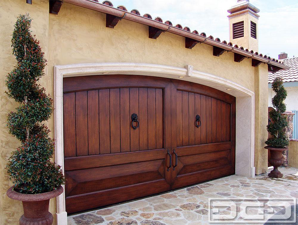 Mediterranean Revival 02 Custom Architectural Garage