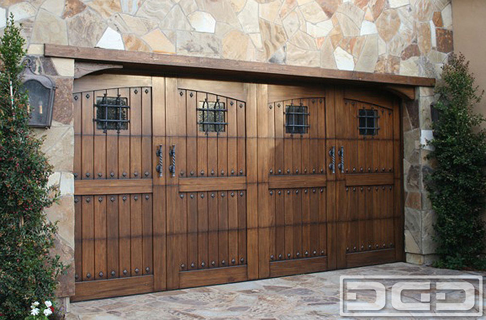 Tuscan renaissance 02 custom architectural garage door for Garage doors styles