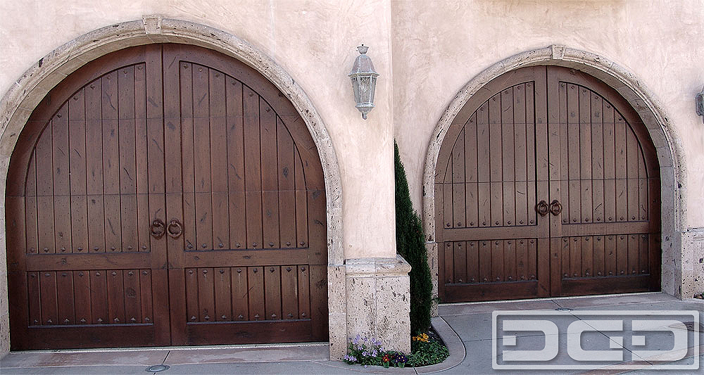 Tuscan renaissance 12 custom architectural garage door for Garage renaissance medreac