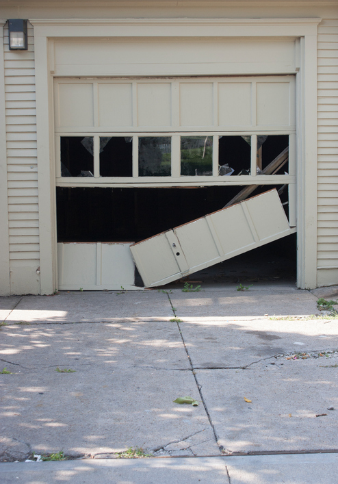 6 Signs That Its Time For A New Garage Door Dynamic Garage Door