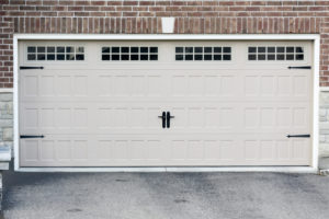 The 4 Most Important Things to Consider When Choosing a Garage Door