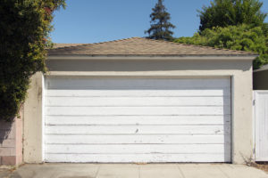 Is it Time to Repair or Replace Your Garage Door? Get Advice from the Experts