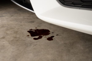 Discover Several Methods to Remove Stains from Your Garage Floor